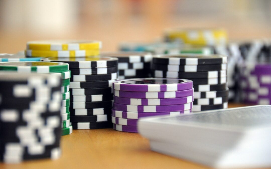 Cool Christmas Gifts for Poker Aficionados